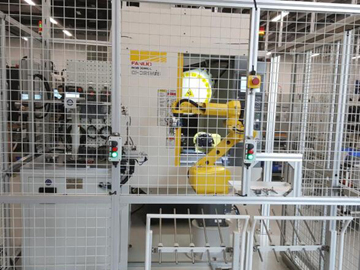 Robotic automatic loading and unloading production line